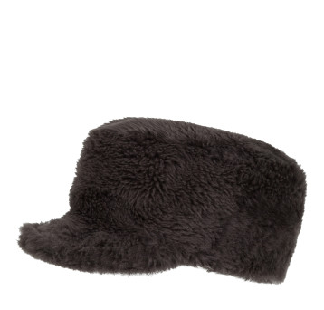 Gushlow and Cole shearling sheepskin cap hat