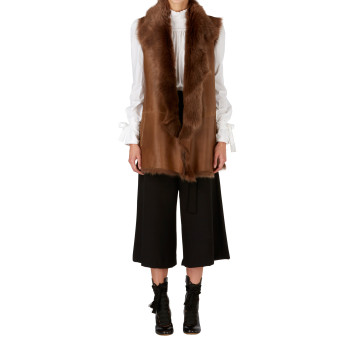 Gushlow and Cole Mixed Shearling Gilet in Hazel