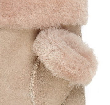 Gushlow and Cole Merino Shearling Swatch Blossom