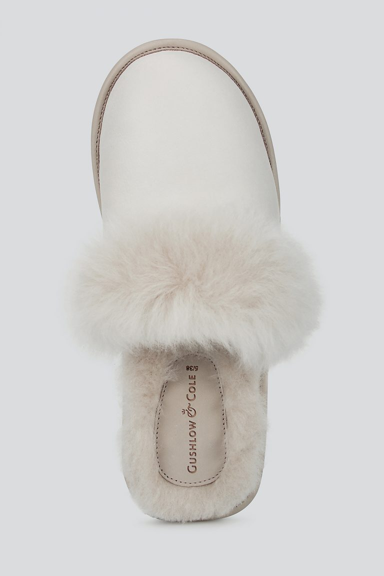 cream shearling travel slider slippers - women | gushlow and cole - cell image 3