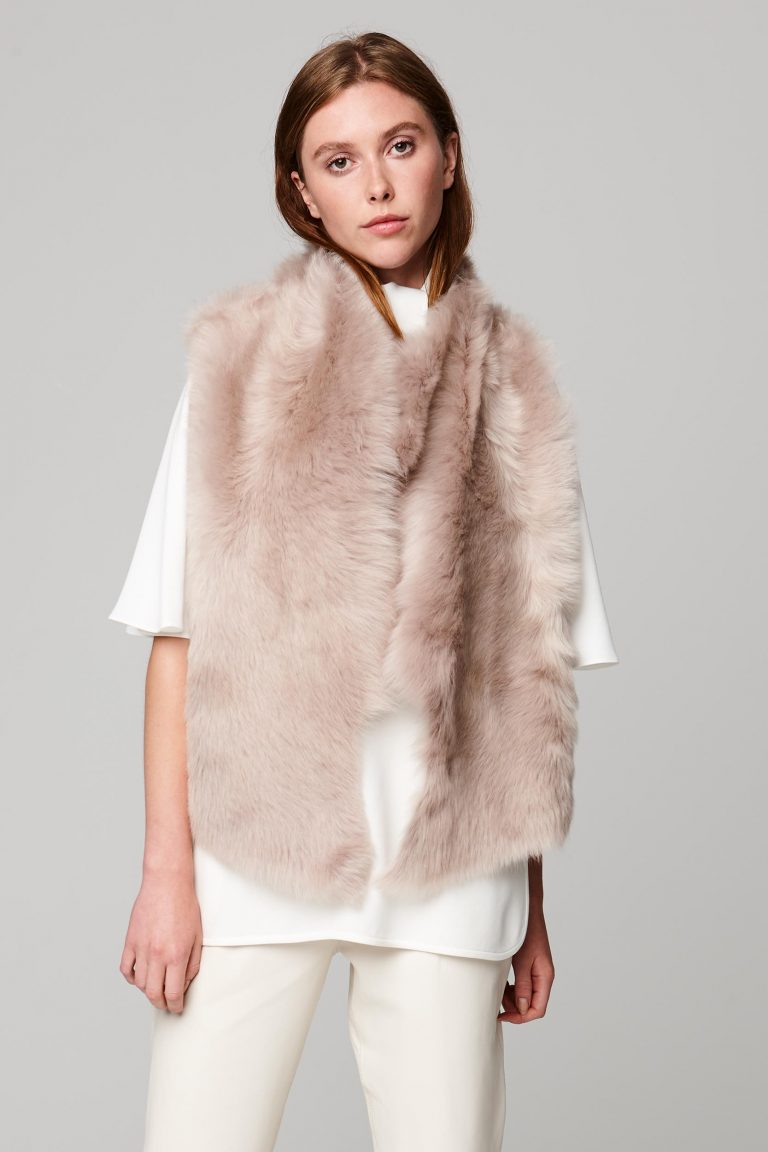 shearling and hand knit gilet in beige - women | gushlow and cole - cell image 2