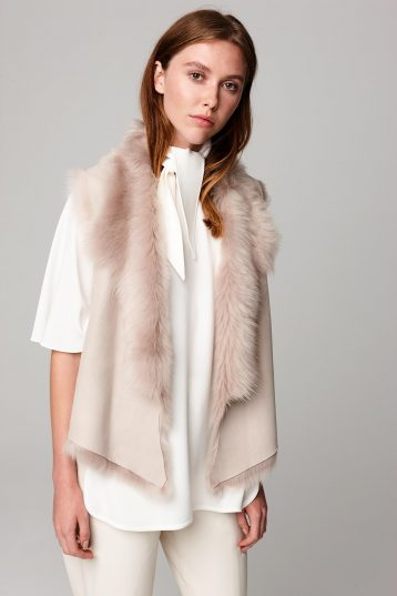 shearling and hand knit gilet in beige - women | gushlow and cole - cell image 3