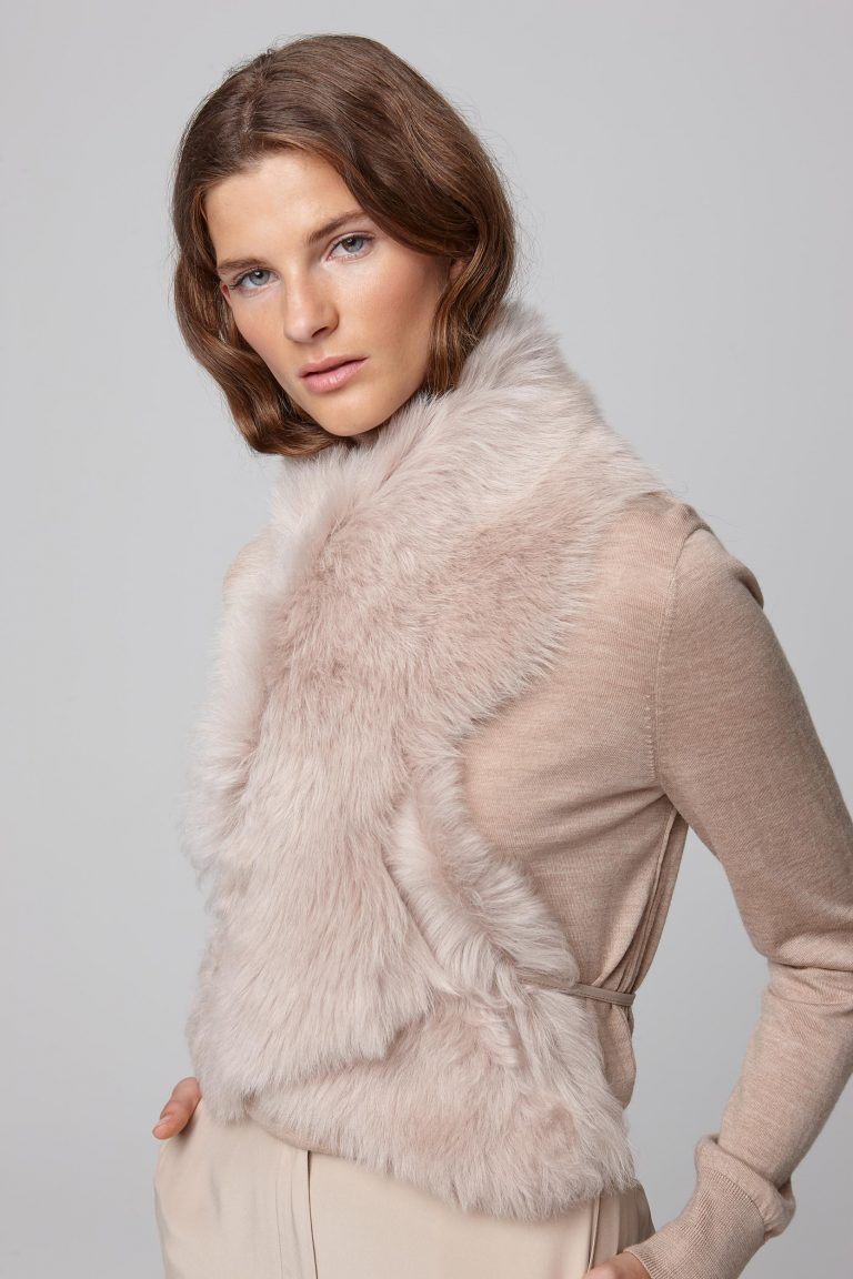 beige shearling shawl scarf with leather tie - women | gushlow and cole - cell image 4
