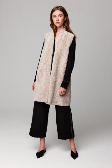 stand collar shearling and knit gilet in beige - women | gushlow and cole - cell image 1