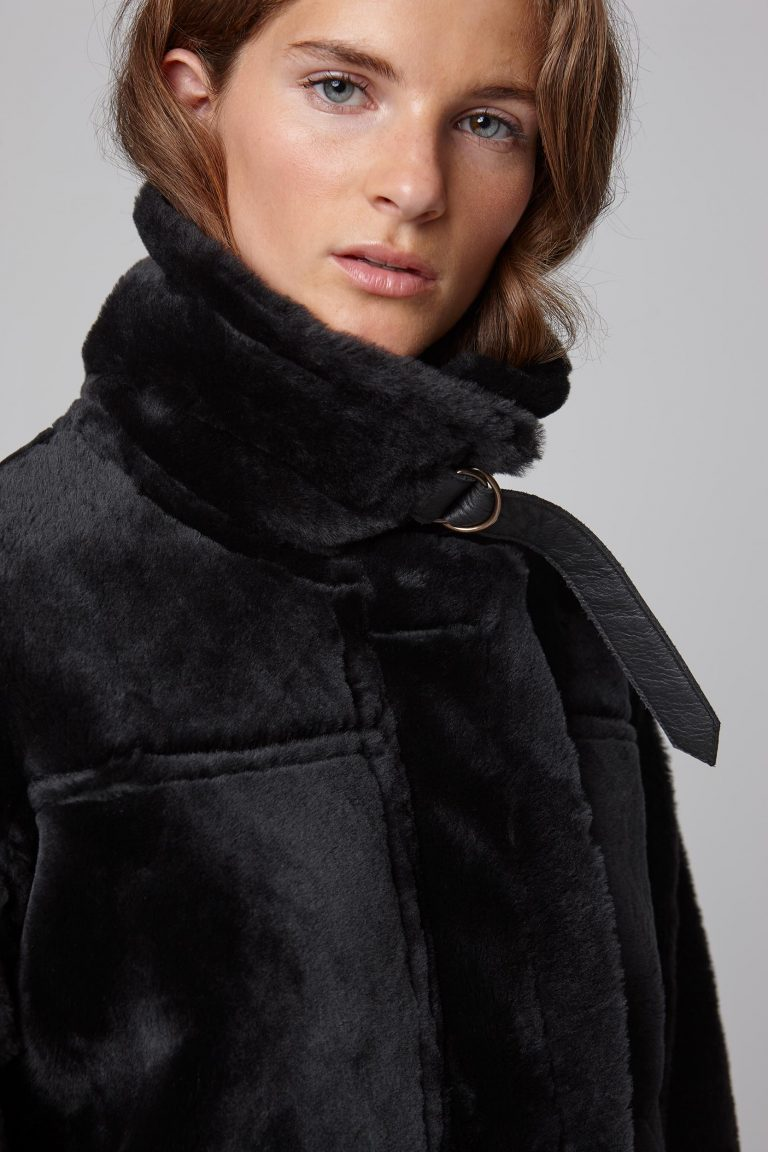 leather trim shearling aviator jacket in black - women | gushlow and cole - cell image 5