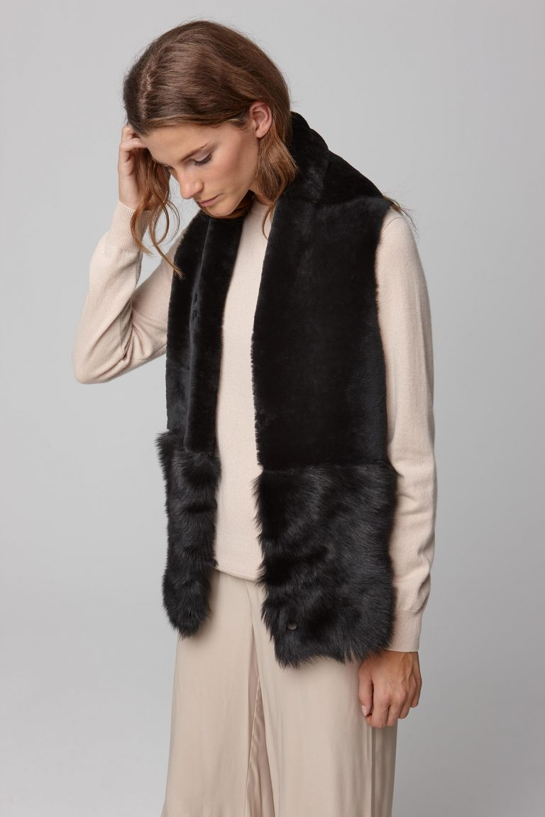 black shearling baby mixed texture scarf - women | gushlow and cole - cell image 2