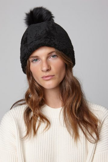 shearling beanie hat in black - women | gushlow and cole - cell image 1