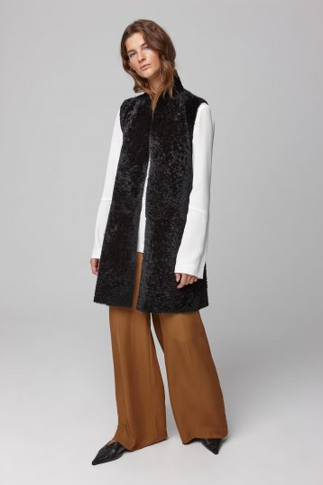 stand collar shearling and knit gilet in black - women | gushlow and cole - cell image 1