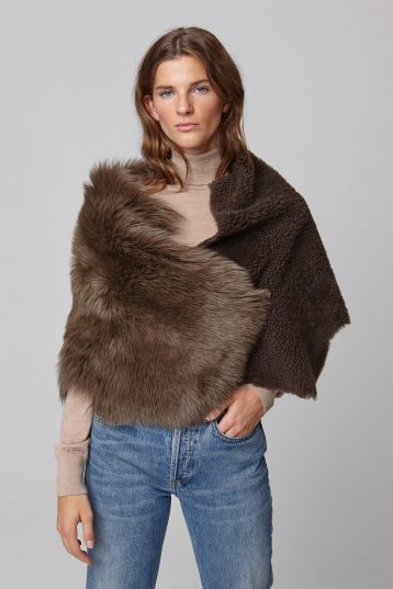 shearling double shawl scarf in dark green - women | gushlow and cole - cell image 1