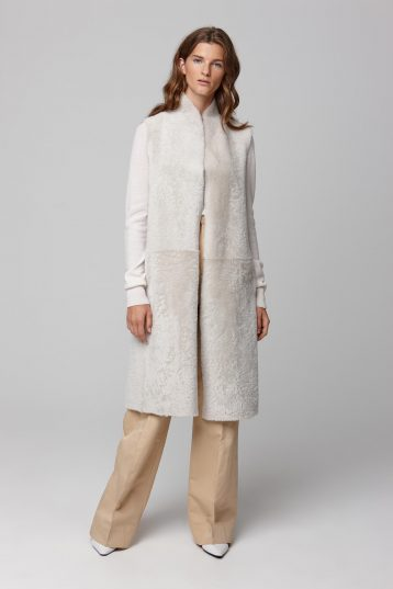 long stand collar white shearling gilet - women | gushlow and cole - cell image 2
