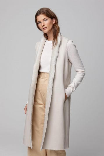 long stand collar white shearling gilet - women | gushlow and cole - cell image 4