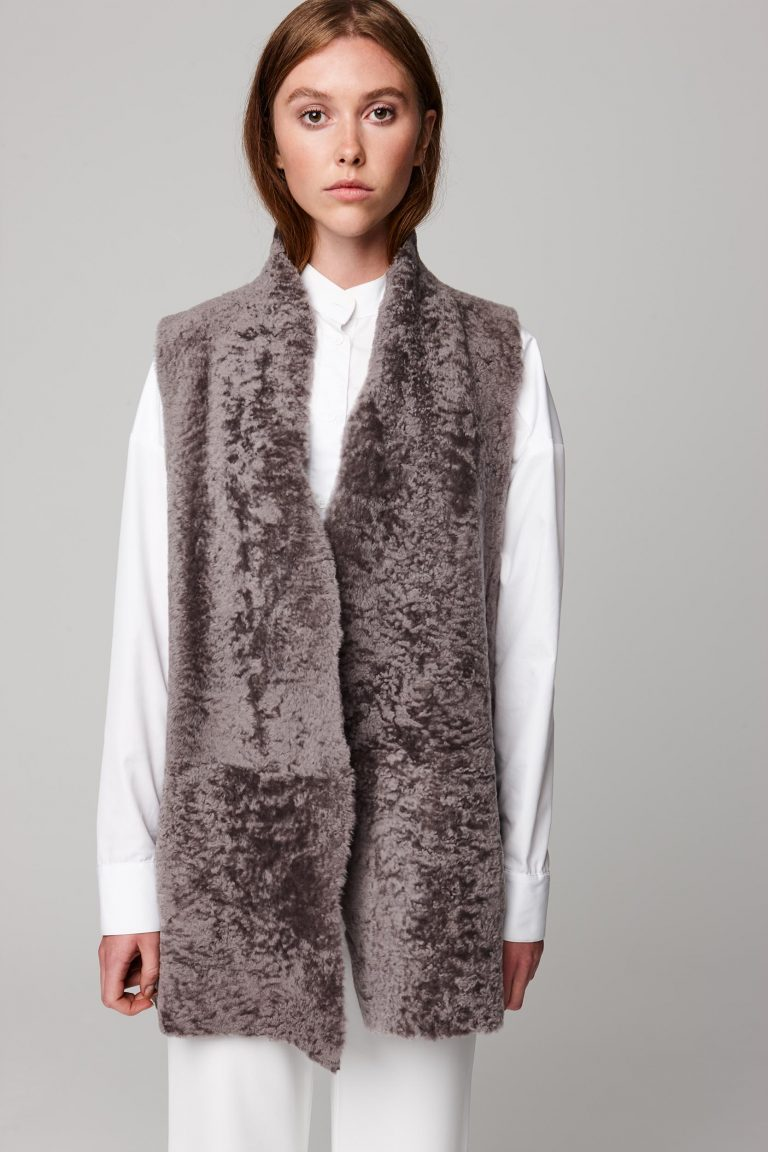 mid length lightweight taupe shearling gilet - women | gushlow and cole - cell image 4