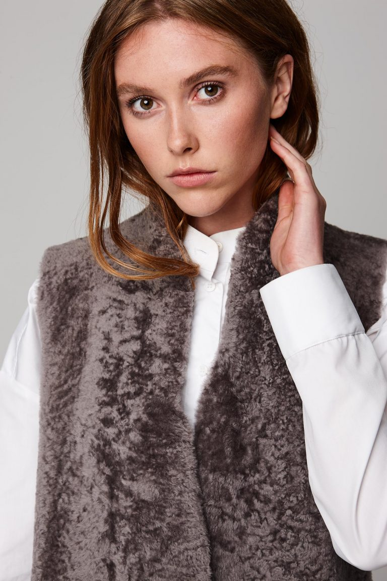 mid length lightweight taupe shearling gilet - women | gushlow and cole - cell image 7