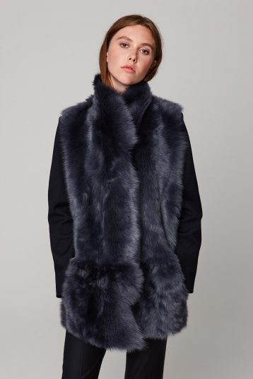 mid length mixed texture navy shearling gilet - women | gushlow and cole - cell image 2