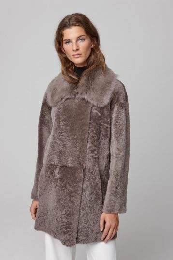 relaxed fit taupe shearling coat - women | gushlow and cole - cell image 2