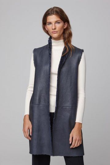 stand collar navy shearling gilet - women | gushlow and cole - cell image 6