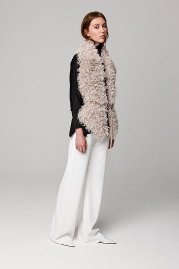 white long shearling scarf with detachable leather belt - women | gushlow and cole - cell image 1