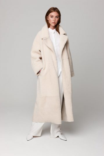 oversized shearling trench coat in white - women | gushlow and cole - cell image 2