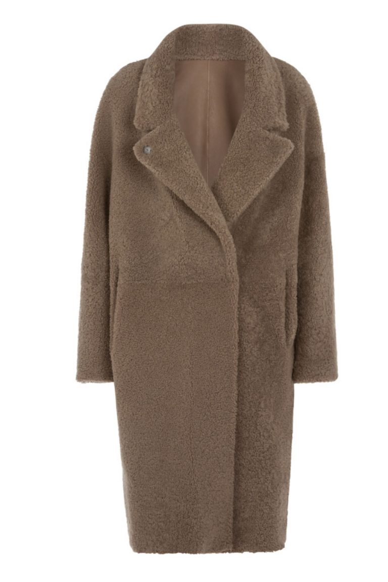 Notch Collar Shearling Coat in Camel | Women | Gushlow & Cole 1