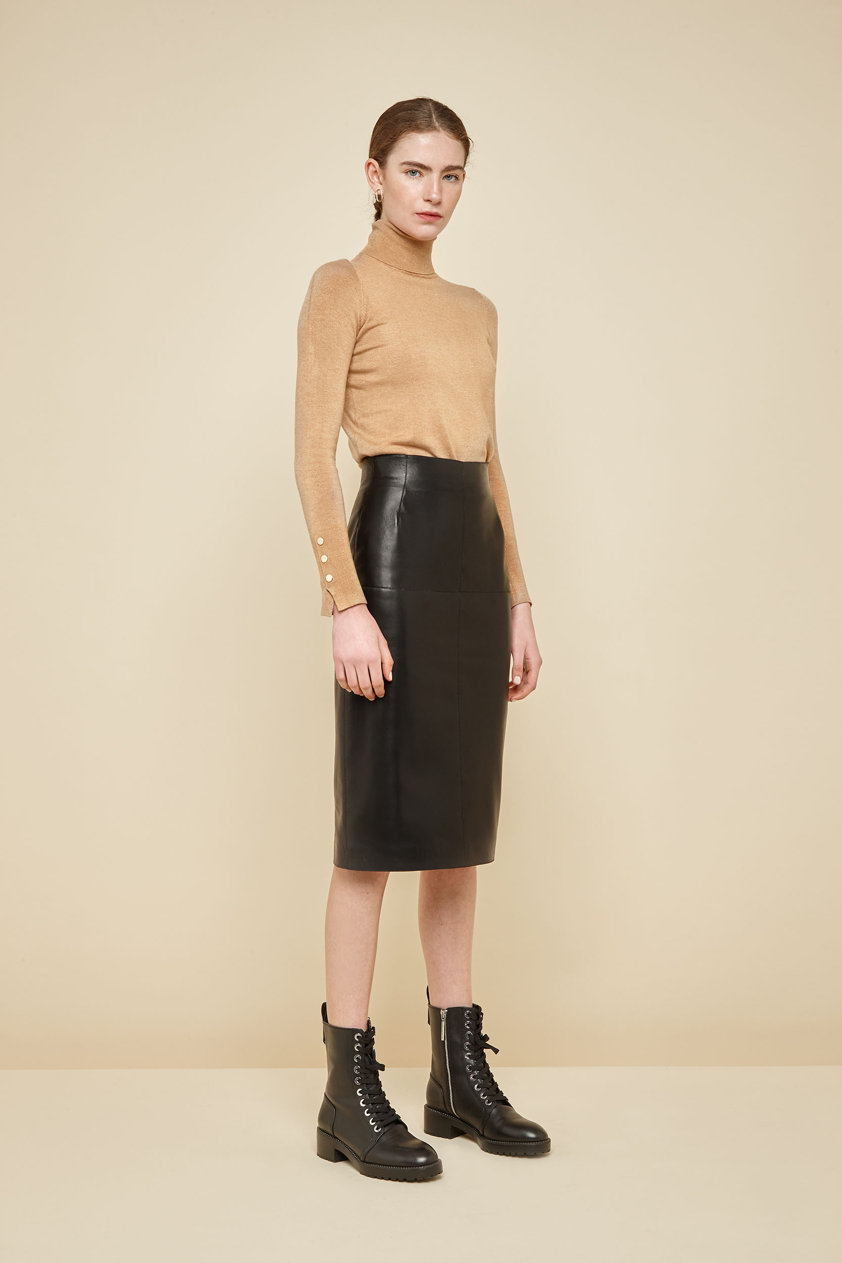 84a877ad34c2 Black Leather Pencil Skirt | Women | Gushlow and Cole
