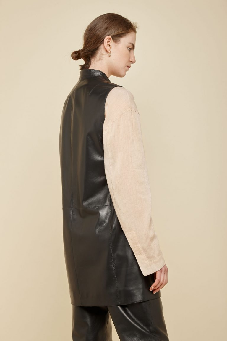 black stand collar leather gilet - women | gushlow and Cole - G3CN0-BLA - 37630