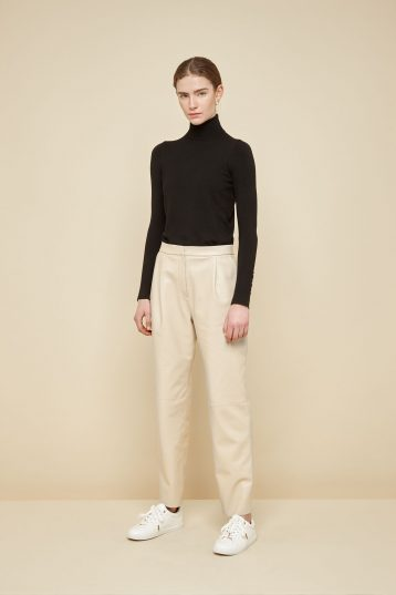 cream pleated leather trousers - women | gushlow and Cole - PPFN0-CRE - 39047