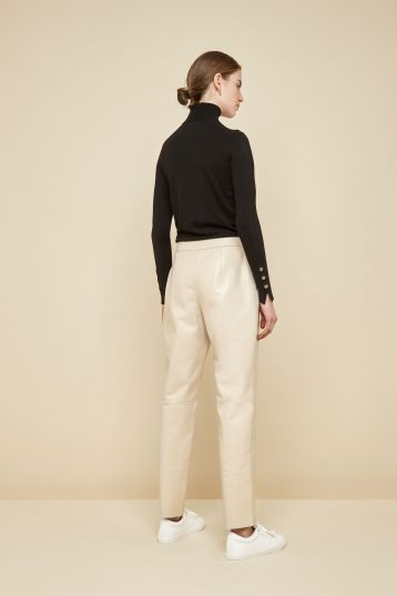 cream pleated leather trousers - women | gushlow and Cole - PPFN0-CRE - 39066