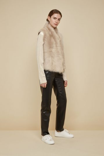cream shearling and down gilet - women | gushlow and Cole - DRGWT-SAN - 40277