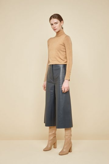 navy leather culottes - women | gushlow and Cole - PCLN0-NAV - 38738