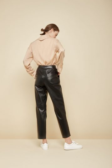 pleated cream leather trousers - women | gushlow and Cole - PPFN0-CRE - 37185