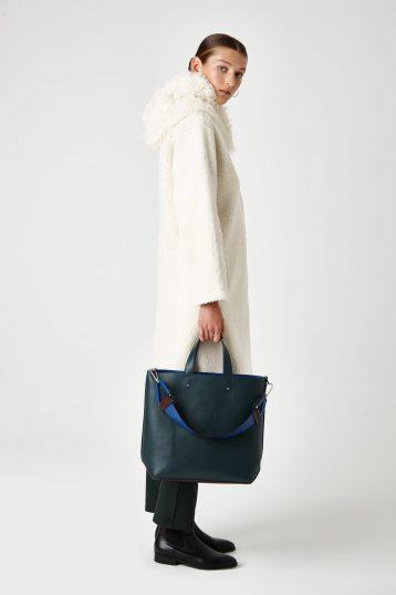 hooded shearling coat - women | Gushlow & Cole - CHODER-CLK