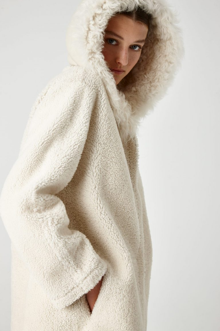 hooded shearling coat - women | Gushlow & Cole - CHODER-CLK