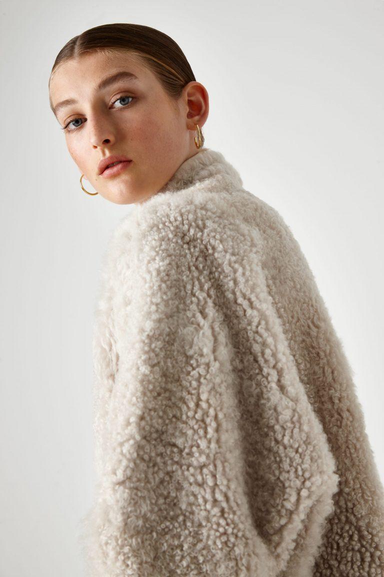 batwing shearling Coat - women | Gushlow & Cole - JXBWC0-CLK