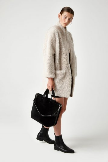 batwing shearling Coat - women | Gushlow & Cole - JXBWC0-CLK