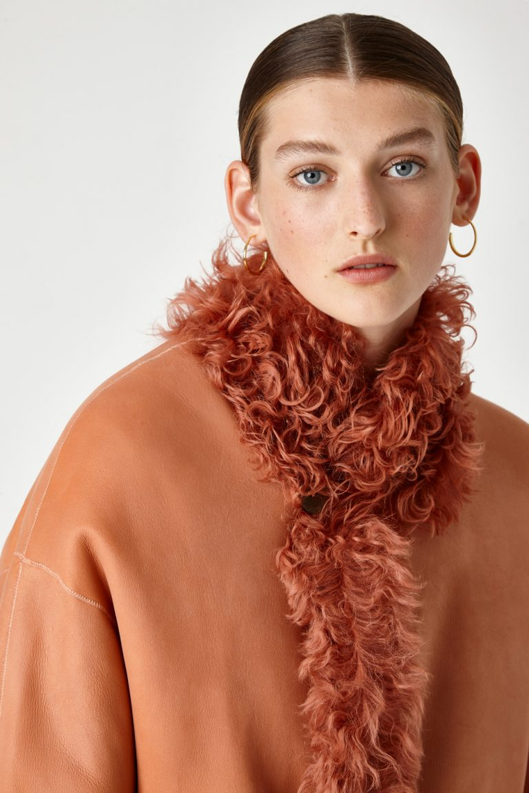 curly-shearling-coat-orange | Women | Gushlow & Cole model 2
