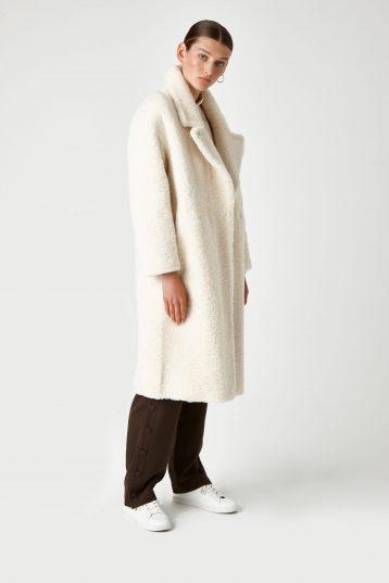 Notch Collar Shearling Coat in White | Women | Gushlow & Cole 5