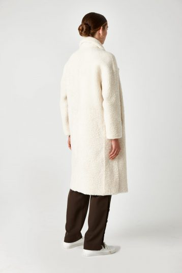 Notch Collar Shearling Coat in White | Women | Gushlow & Cole 2