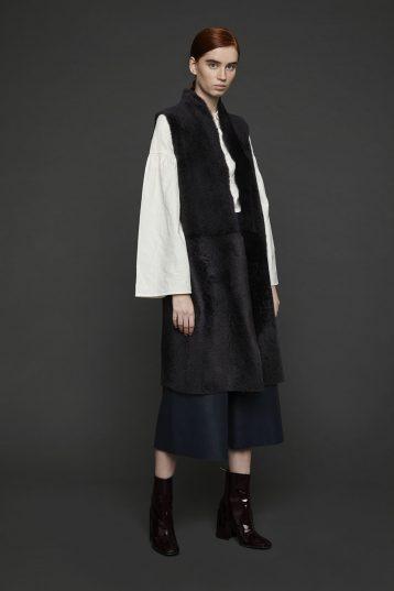 Stand Collar Long Shearling Gilet in Dark Grey | Women | Gushlow & Cole 1