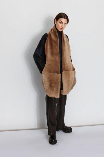 Shearling Mixed Scarf in Camel | Women | Gushlow & Cole