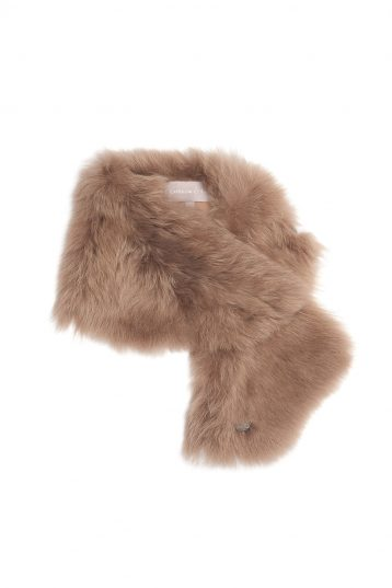 Baby Button Shearling Scarf in Camel | Women | Gushlow & Cole 2