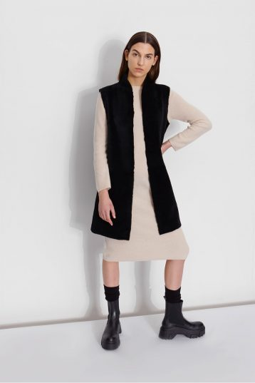 Wool and Shearling Crombie Gilet in Black | Women | Gushlow & Cole