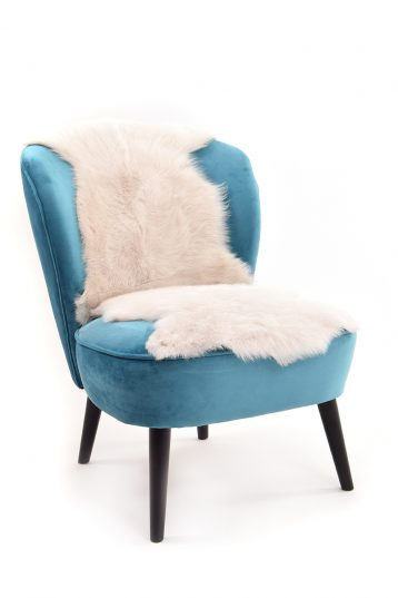 Double Toscana Sheepskin Rug in White side